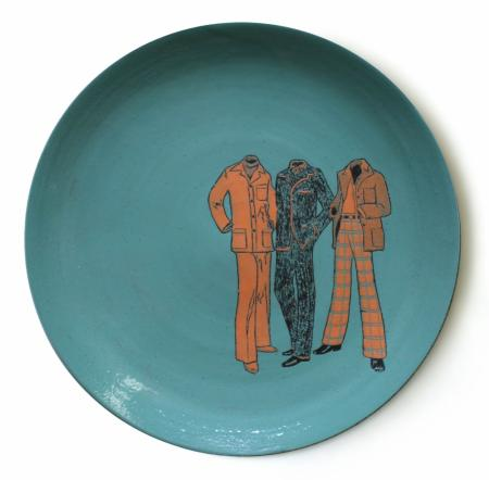 leisure suits plate